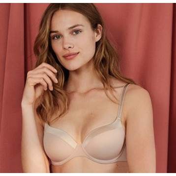 Glorious T-shirt bra powder